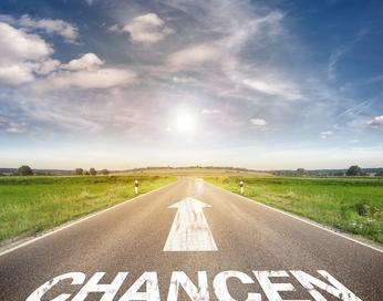 Straße  mit dem Wort chancen